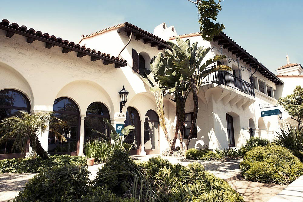 school_us_santa-barbara_03