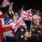 Brexit, la Gran Bretagna saluta e se ne va dall'Europa