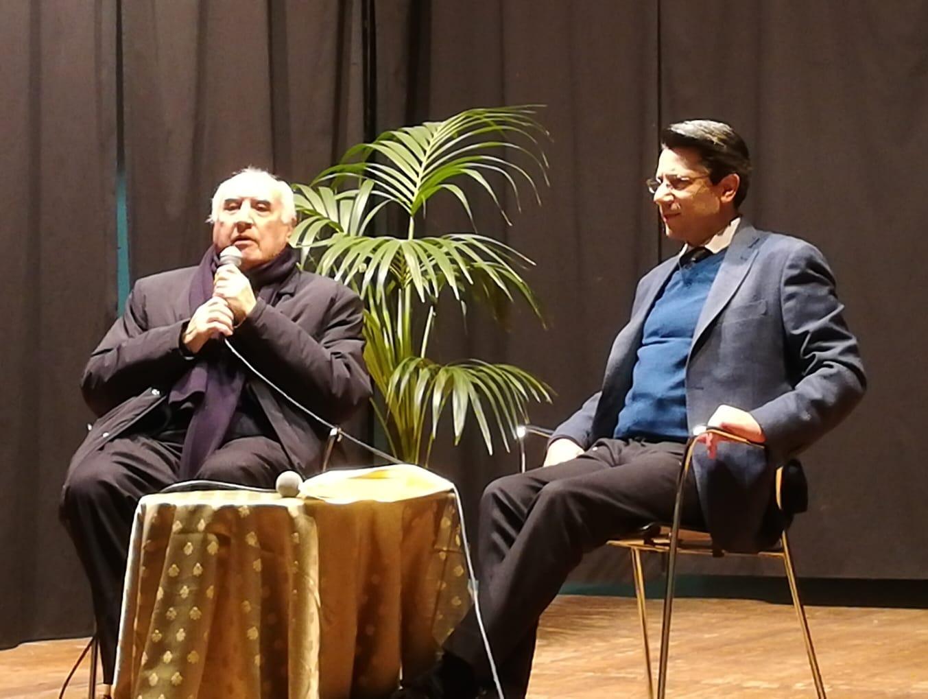 Un momento del dialogo tra Silvano Nigro e Salvo Fallica.
