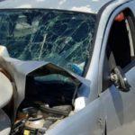 Catania: auto si schianta contro guardrail, 24enne rischia la vita