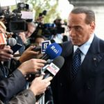 """Referendum parlamentari. Berlusconi: """"Libertà di voto"""""""