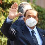 """Berlusconi dimesso dal San Raffaele: """"Prova più dura della mia vita"""""""