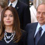 "Berlusconi in ospedale. L'ex moglie Veronica: ""Addolorata"""