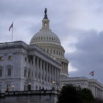 Covid: Congresso Usa approva piano da 900 miliardi di aiuti