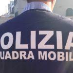 Soldi per permessi di soggiorno, arrestata poliziotta