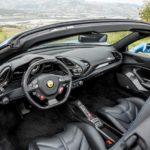 Girava in Ferrari ma percepiva il reddito di cittadinanza