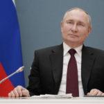 """Putin replica a Biden: """"Gli auguro buona salute"""""""